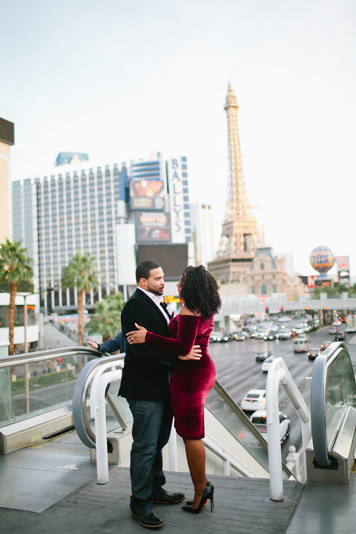 FLYTOGRAPHER | Your Vacation Photographer in Las Vegas - Belinda