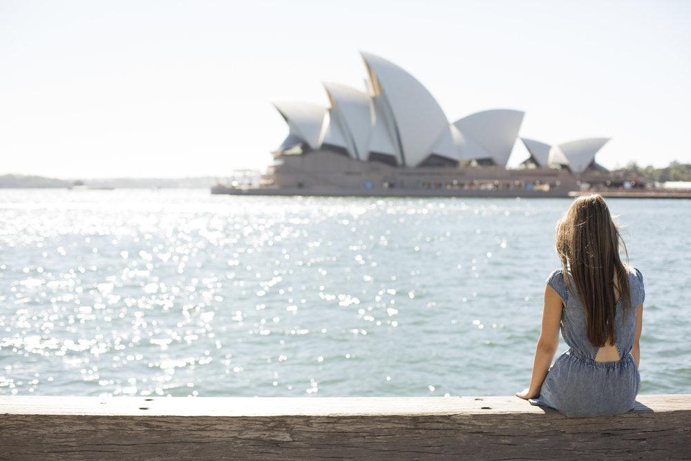 sydney australia solo traveller photographer flytographer