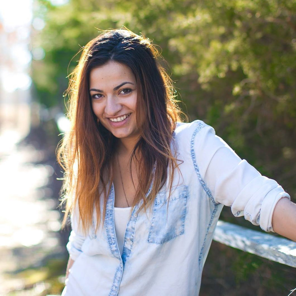 Your Vacation Photographer in Martha's Vineyard: Meet Larisa