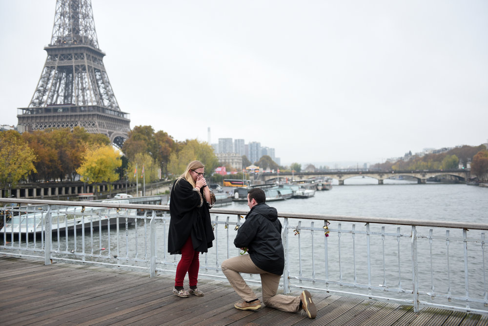 paris proposal photographer flytographer