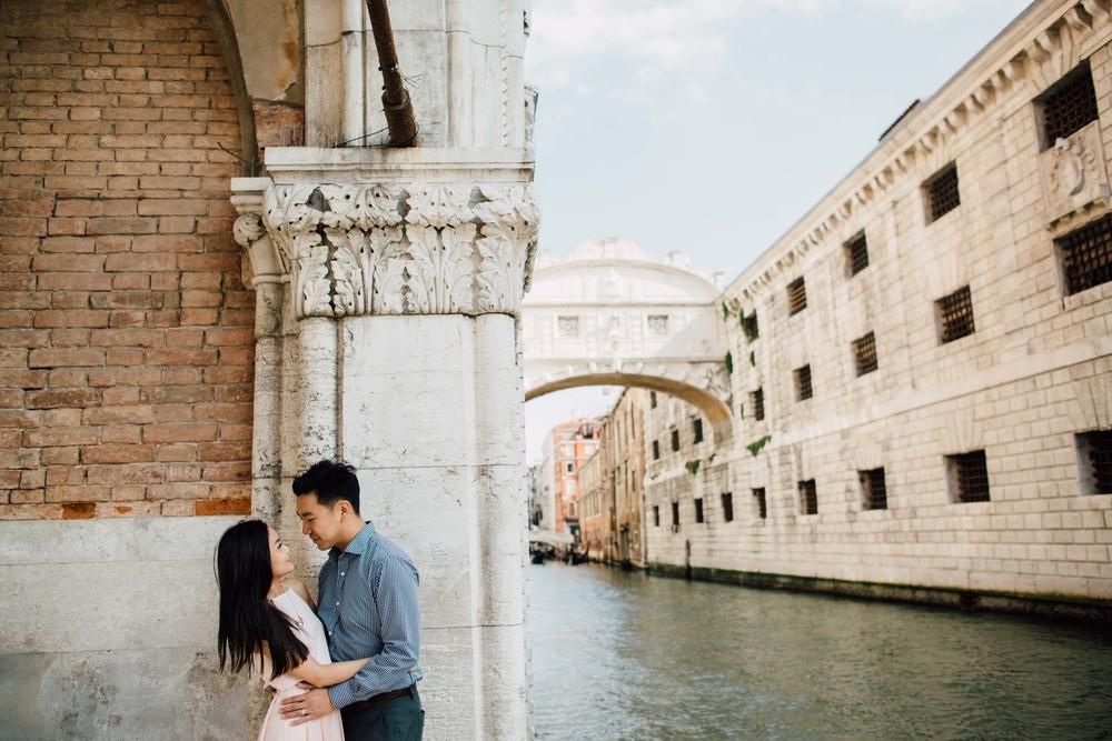 Flytographer: Serena in Venice