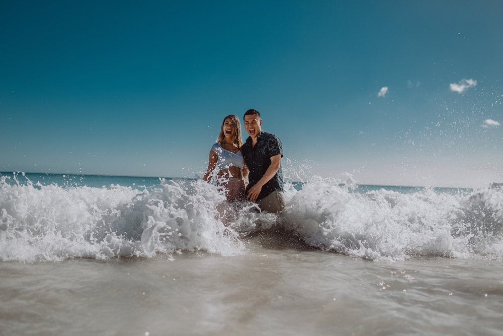 FLYTOGRAPHER Vacation Photographer in Honolulu - Pono