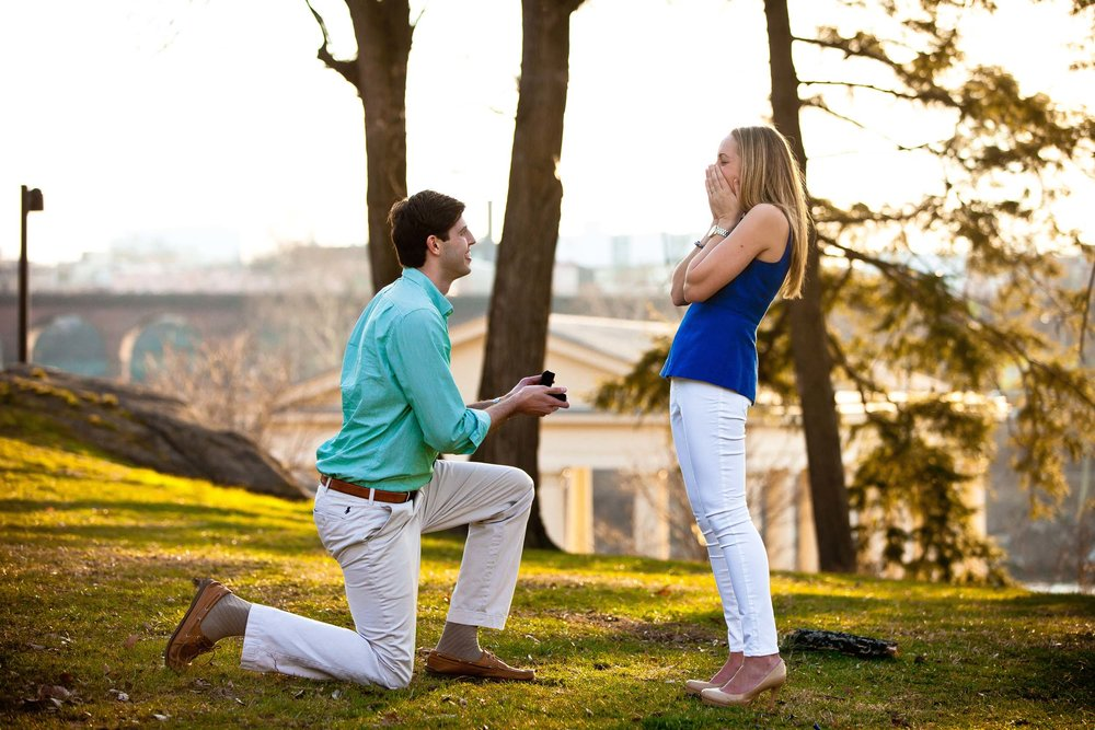 Click to see the Top 10 Cities To Propose In The U.S.  | Hire a Proposal Engagement Photographer with Flytographer