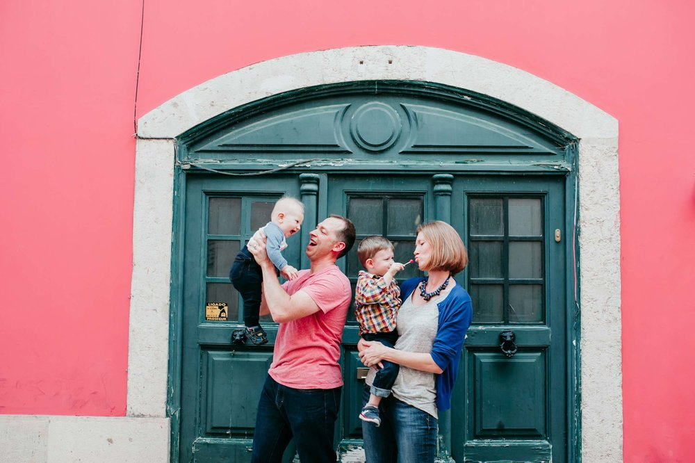 Lisbon-family-vacation-photographer