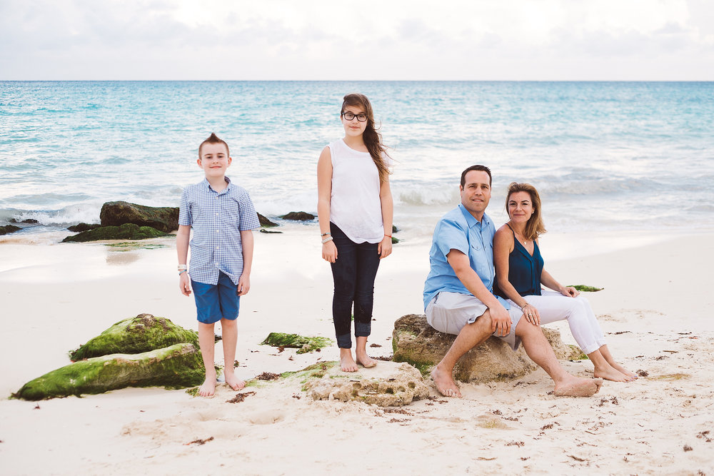 FLYTOGRAPHER | Cancun Vacation Photographer - Conie