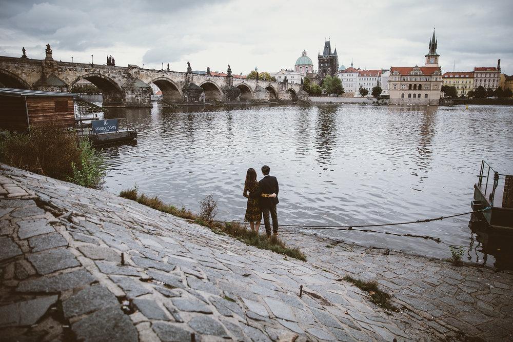 Flytographer: Eliska in Prague