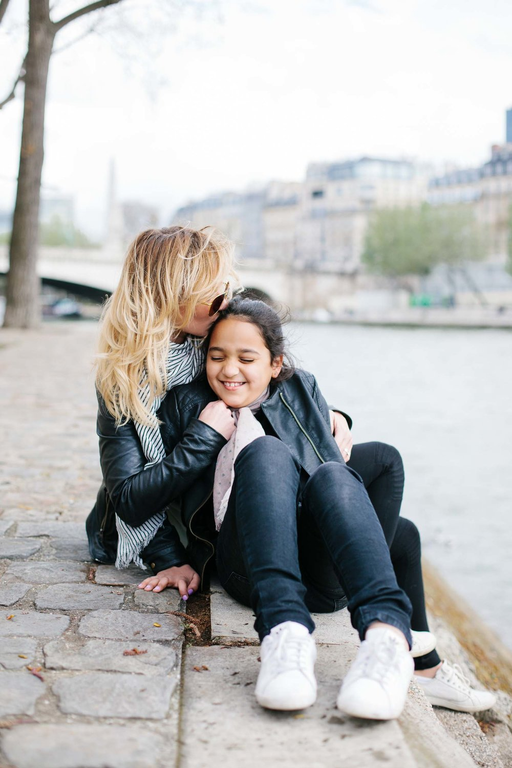 Click to see more of this adorable mother-daughter trip through London and Paris on the Flytographer blog! | Travel + Vacation Photographer | Family Vacations | Engagement Proposals | Honeymoons | Anniversary Gifts | Bachelorette Ideas | Solo Traveller Tips |  Flytographer captures your travel memories - everything from surprise proposals, honeymoons, family vacations, and more. So often you are missing out of your own photos! Flytographer solves that problem for you. Our photographers also act as informal tour guides and provide fun local tips to our customers, showing them an area of a city they may not have explored without Flytographer. Book your photographer at 1.888.211.7178 or visit our website at www.flytographer.com/book