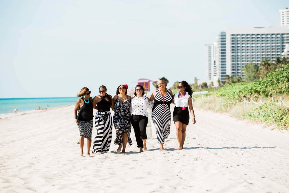 Check out serious friendship goals in this amazing best friends birthday celebration in Miami on the Flytographer blog! | Travel + Vacation Photographer | Family Vacations | Engagement Proposals | Honeymoons | Anniversary Gifts | Bachelorette Ideas | Solo Traveller Tips |  Flytographer captures your travel memories - everything from surprise proposals, honeymoons, family vacations, and more. So often you are missing out of your own photos! Flytographer solves that problem for you. Our photographers also act as informal tour guides and provide fun local tips to our customers, showing them an area of a city they may not have explored without Flytographer. Book your photographer at 1.888.211.7178 or visit our website at www.flytographer.com/book