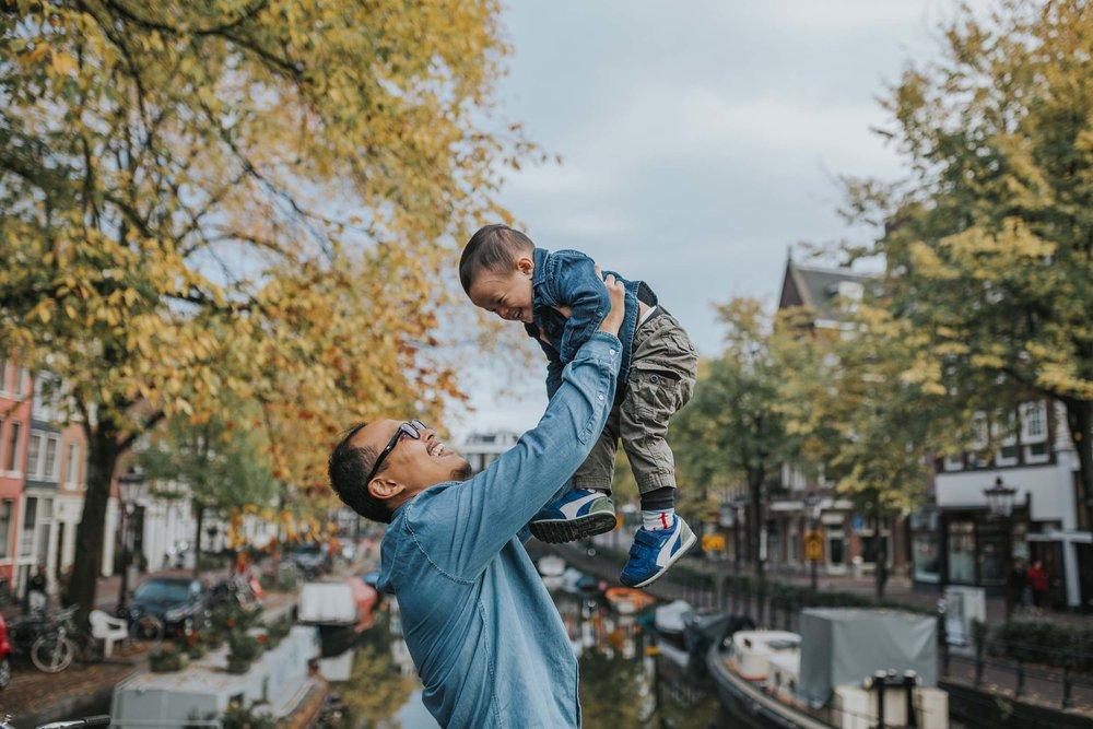 The Halim family in Amsterdam Flytographer Silvia