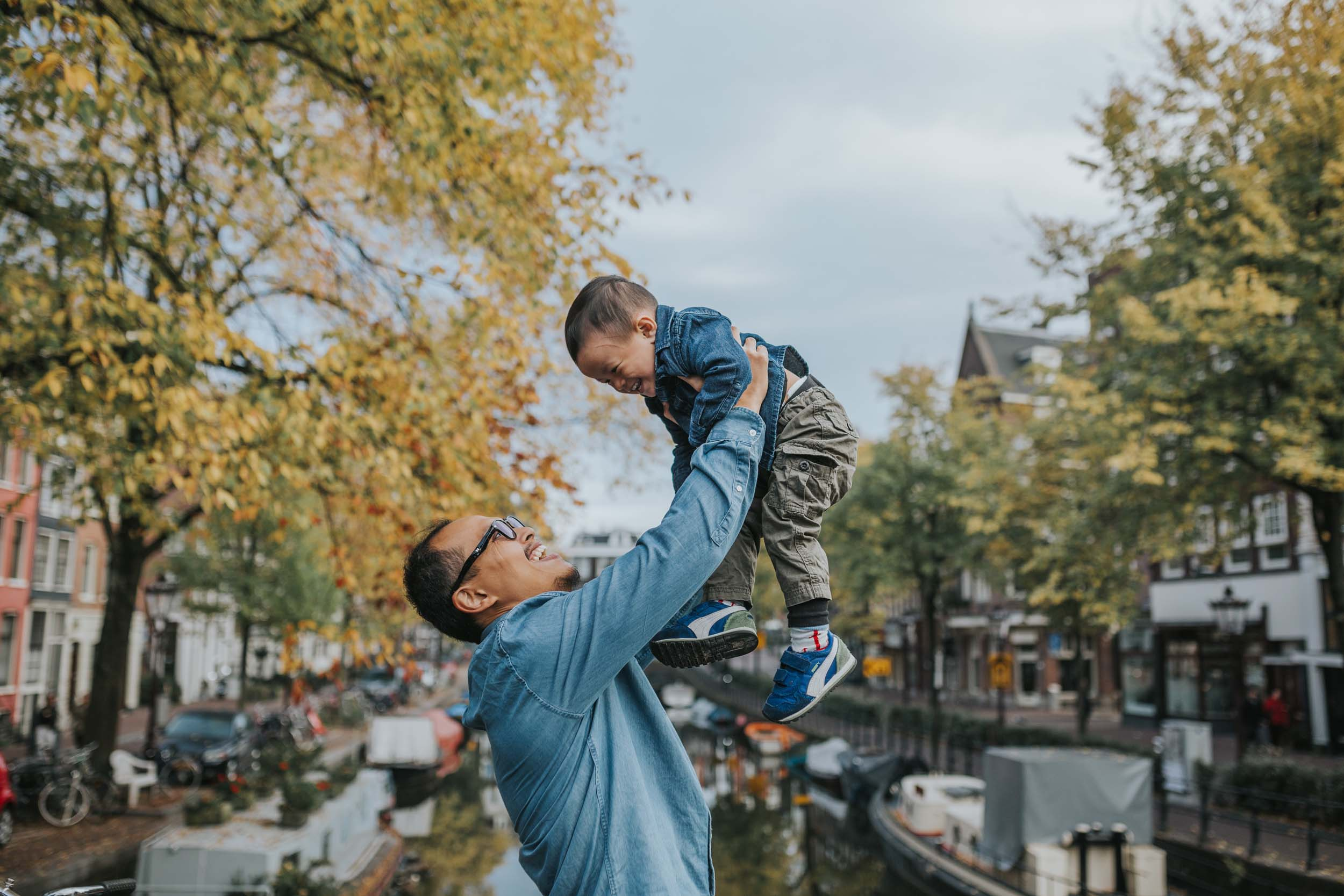 The Halim family in  Amsterdam    Flytographer Silvia