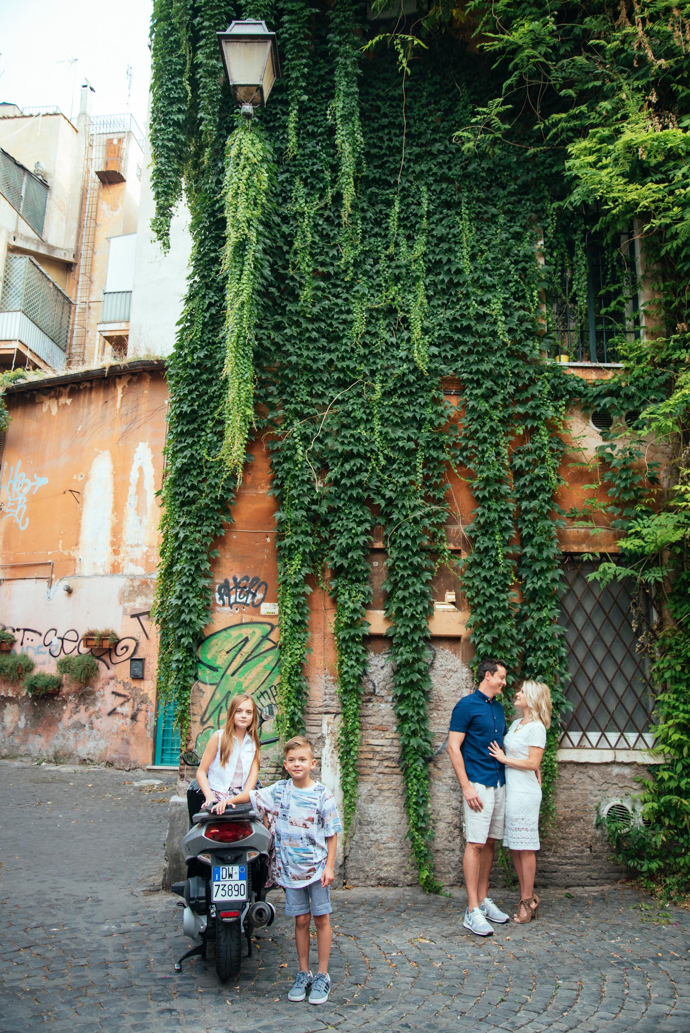 Flytographer:  Francesco in Rome