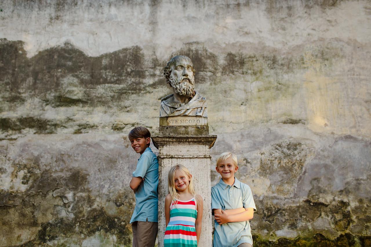 Flytographer:  Monica in Rome