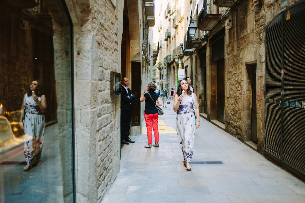 FLYTOGRAPHER Vacation Photographer in Barcelona - Maira