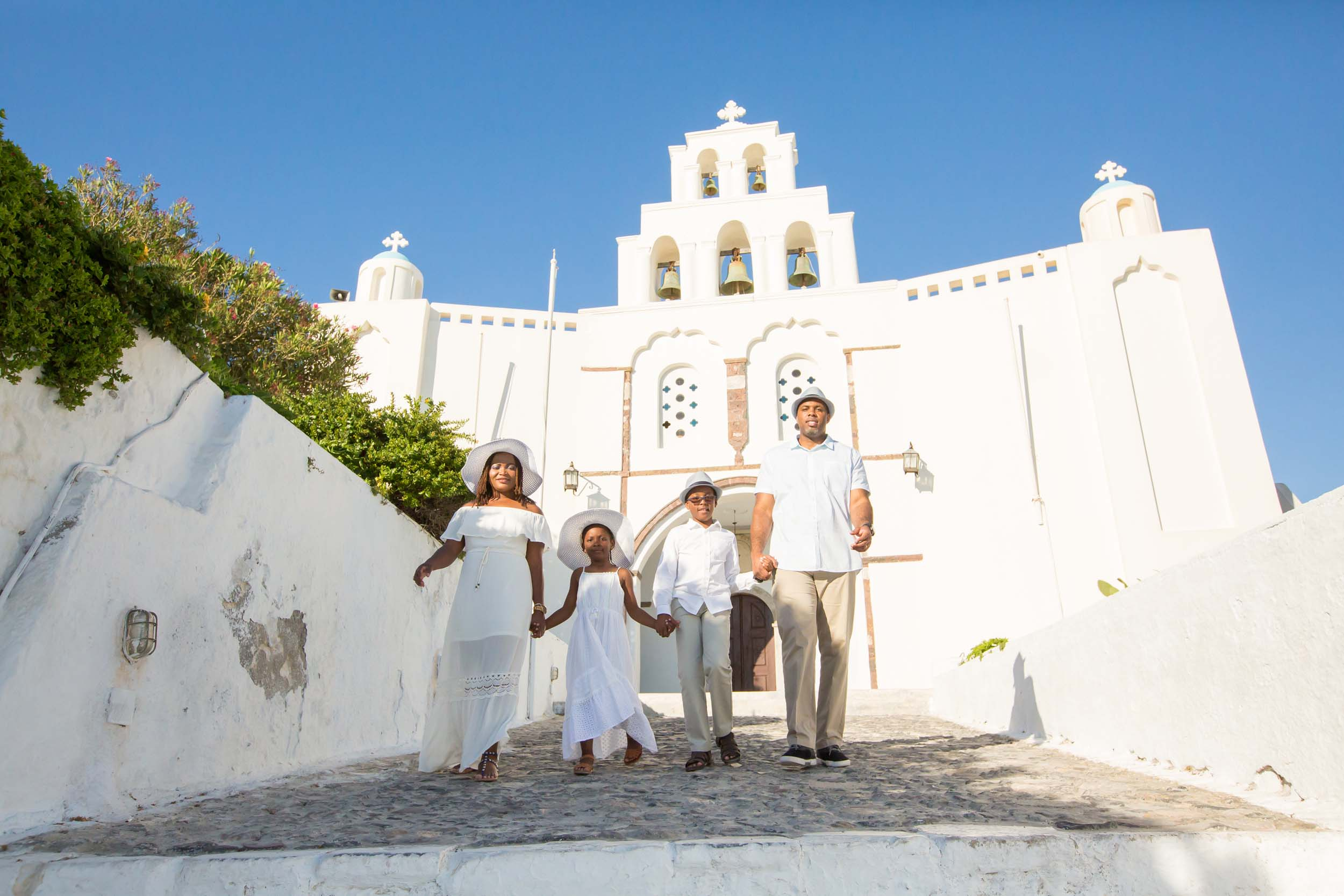 Flytographer:  Kimonas in Santorini