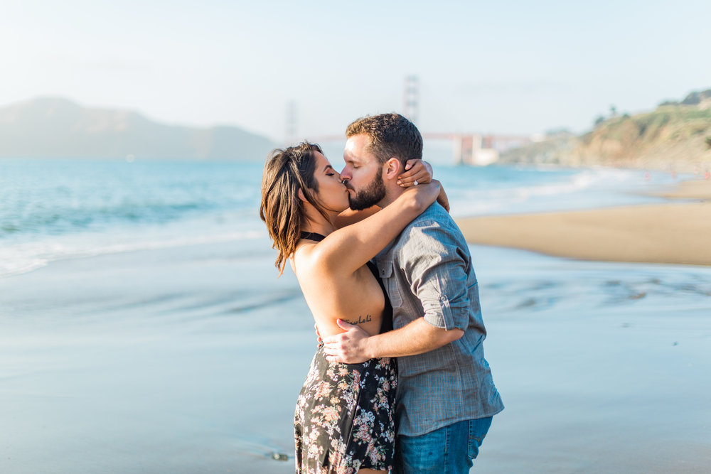 Obsessed with beautiful proposal photos? So are we! Take a look at Flytographer's favourite surprise proposal photos from July | Surprise Proposal Photographer