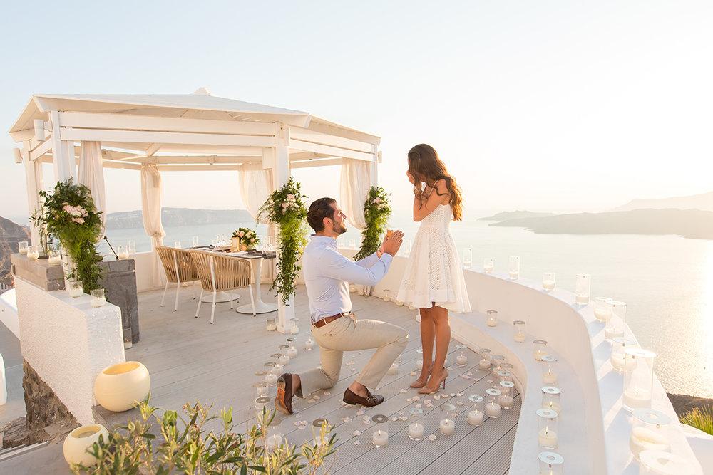 FLYTOGRAPHER Vacation Photographer in Santorini: Kimonas