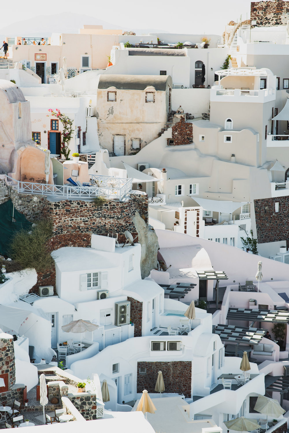 Your Guide to Santorini: What to Eat, See and Do | | Travel + Vacation Photographer | Family Vacations | Engagement Proposals | Honeymoons | Anniversary Gifts | Bachelorette Ideas | Solo Traveller Tips | Flytographer captures your travel memories - everything from surprise proposals, honeymoons, family vacations, and more.