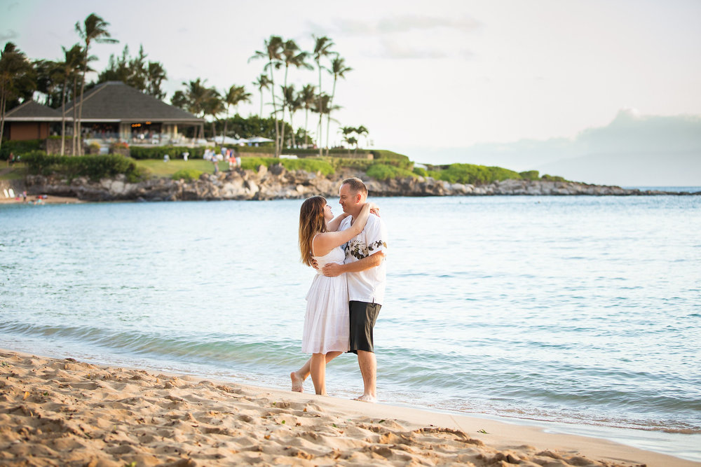 FLYTOGRAPHER Vacation Photographer in Maui - Wendy