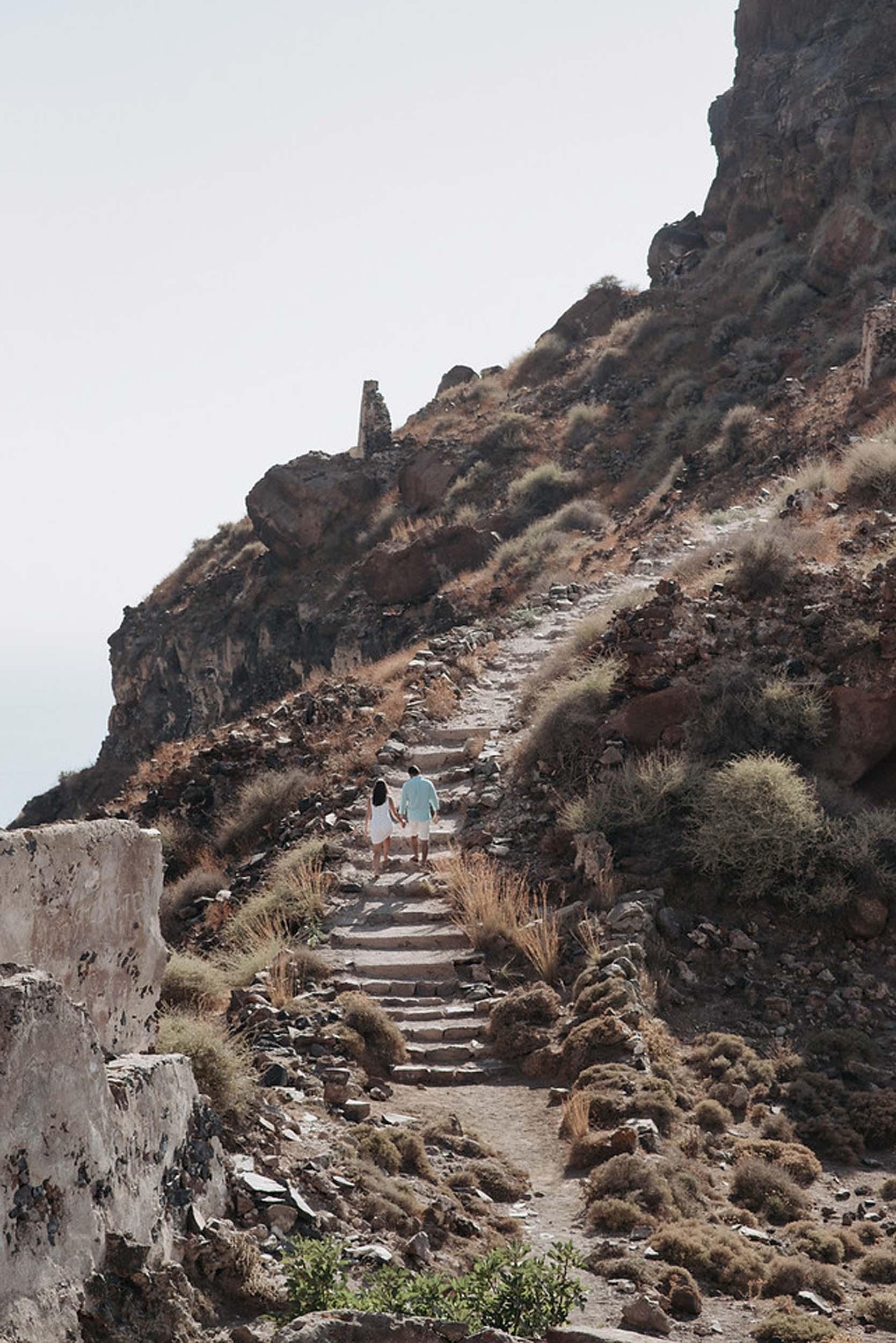 Flytographer:  Kimon in Santorini