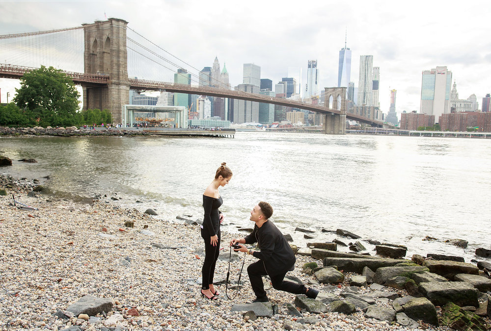 Planning on Popping the Question? These are the Best Places to Propose in New York City|  | NYC Surprise Proposal Photographer Flytographer