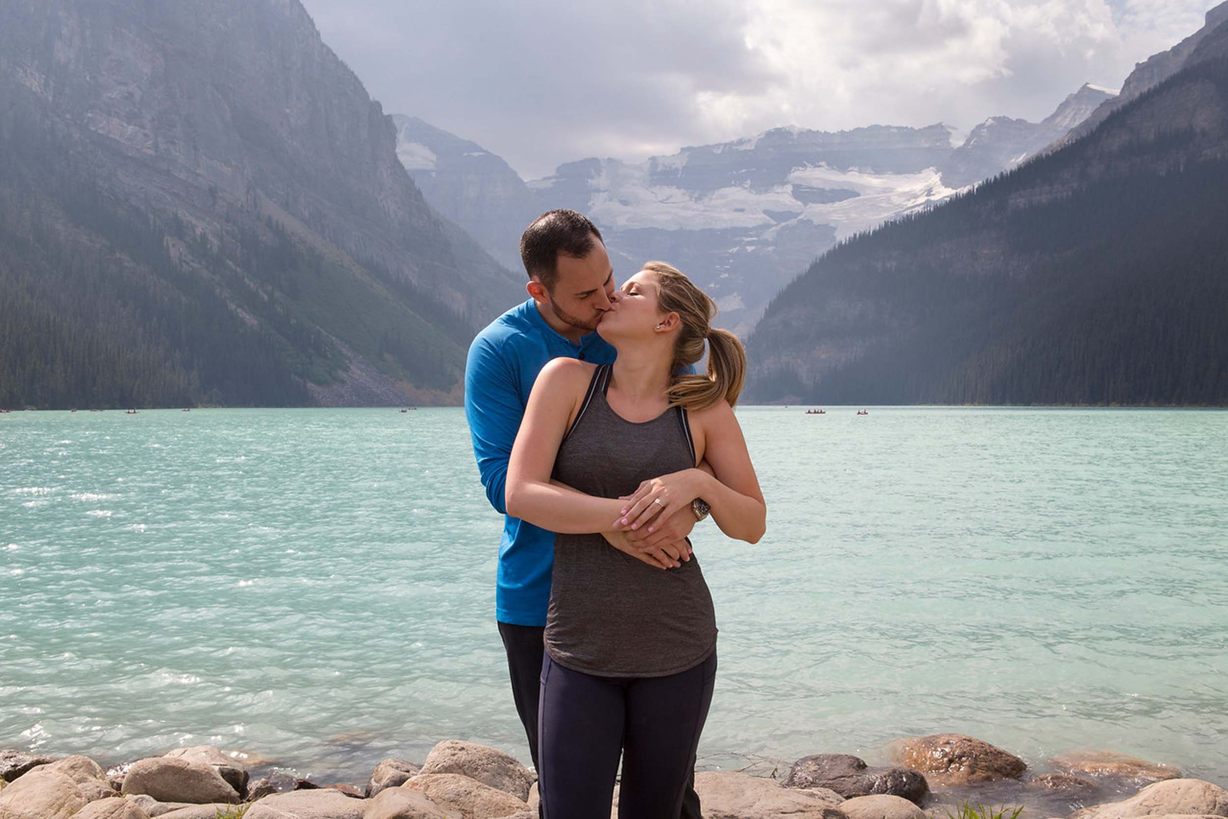 Flytographer:  Tracy in Lake Louise