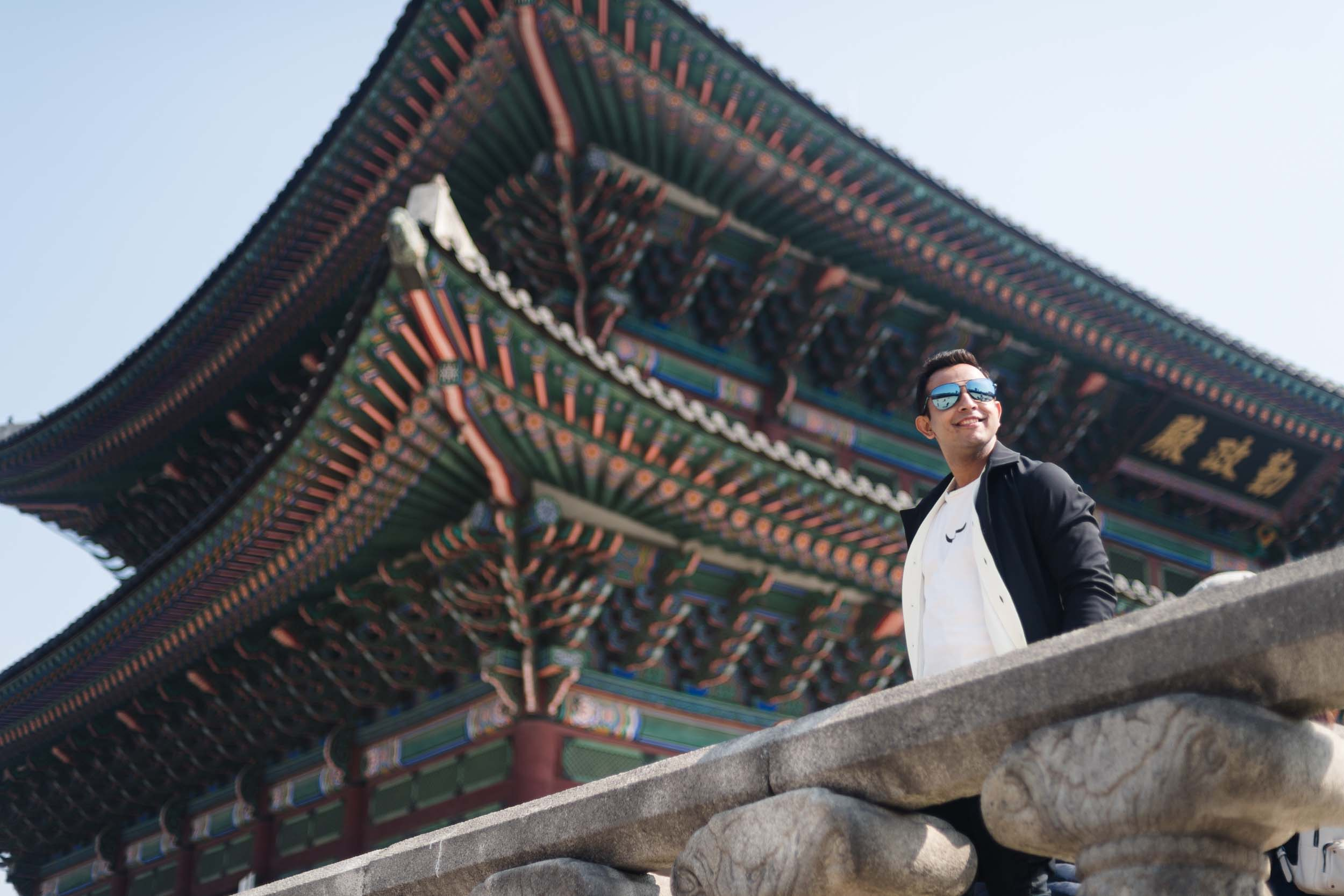 Flytographer Allen in Seoul