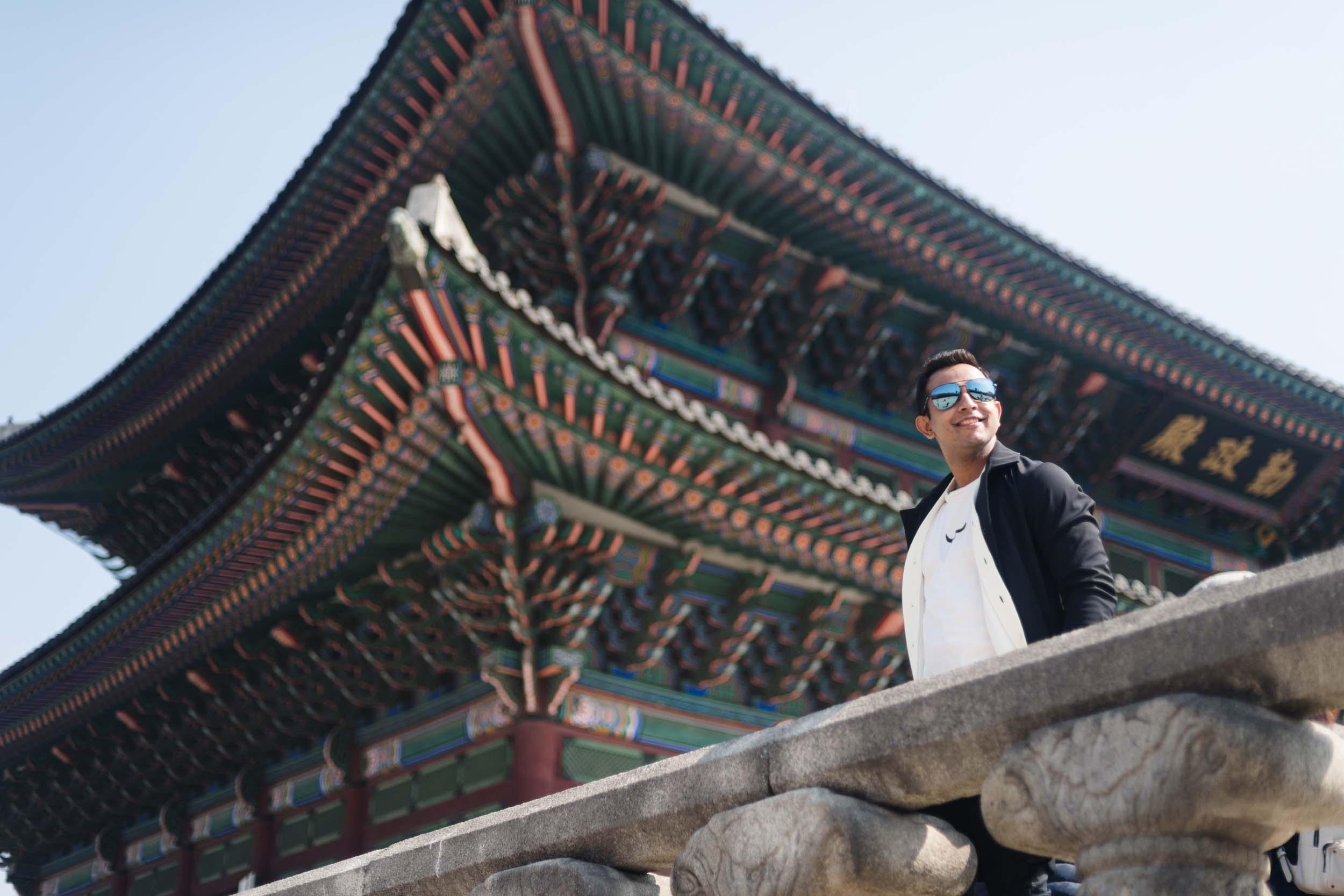 Flytographer Allen in Seoul