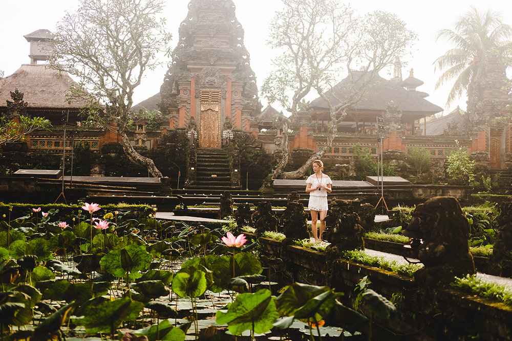 FLYTOGRAPHER Vacation Photographer in Bali - Bayu & Ivony