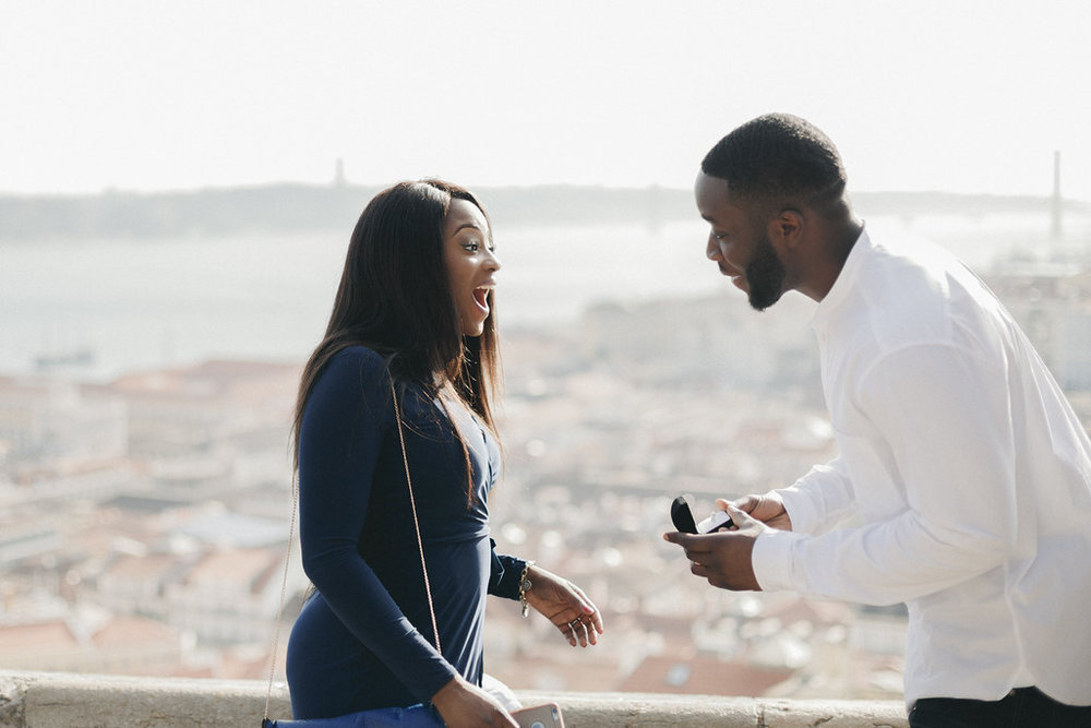 flytographer-lisbon-proposal-love-couple.jpeg