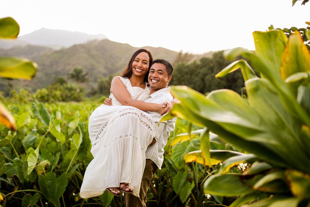 FLYTOGRAPHER Vacation Photographer in Kauai - Brigitte