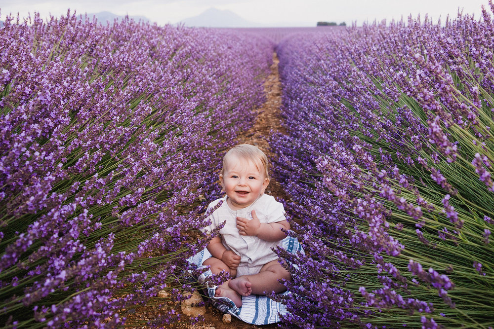Click+to+see+some+of+the+cutest+tiny+travellers+around+the+globe+in+2017!.jpeg