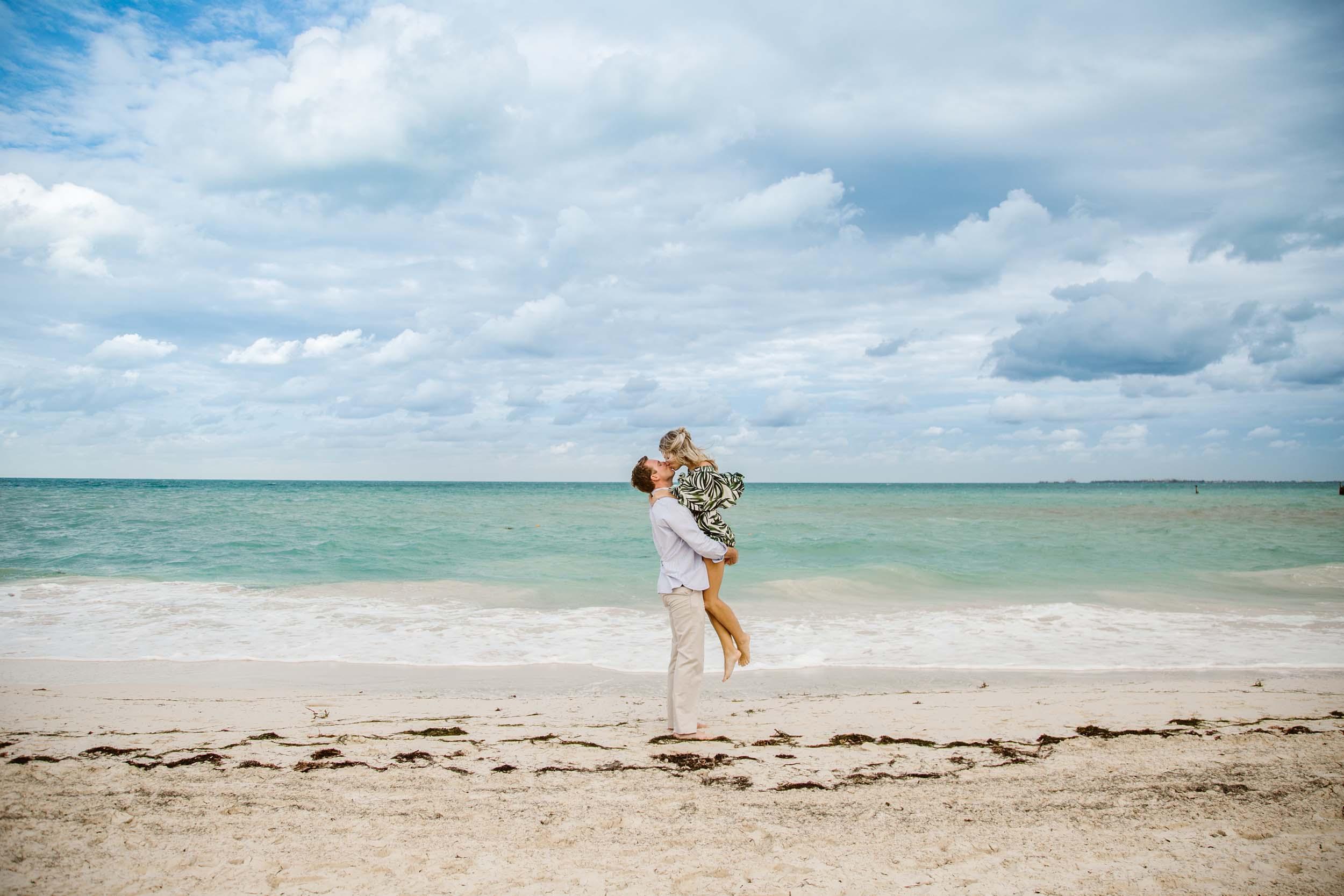 F  lytographer Claudia in Cancun