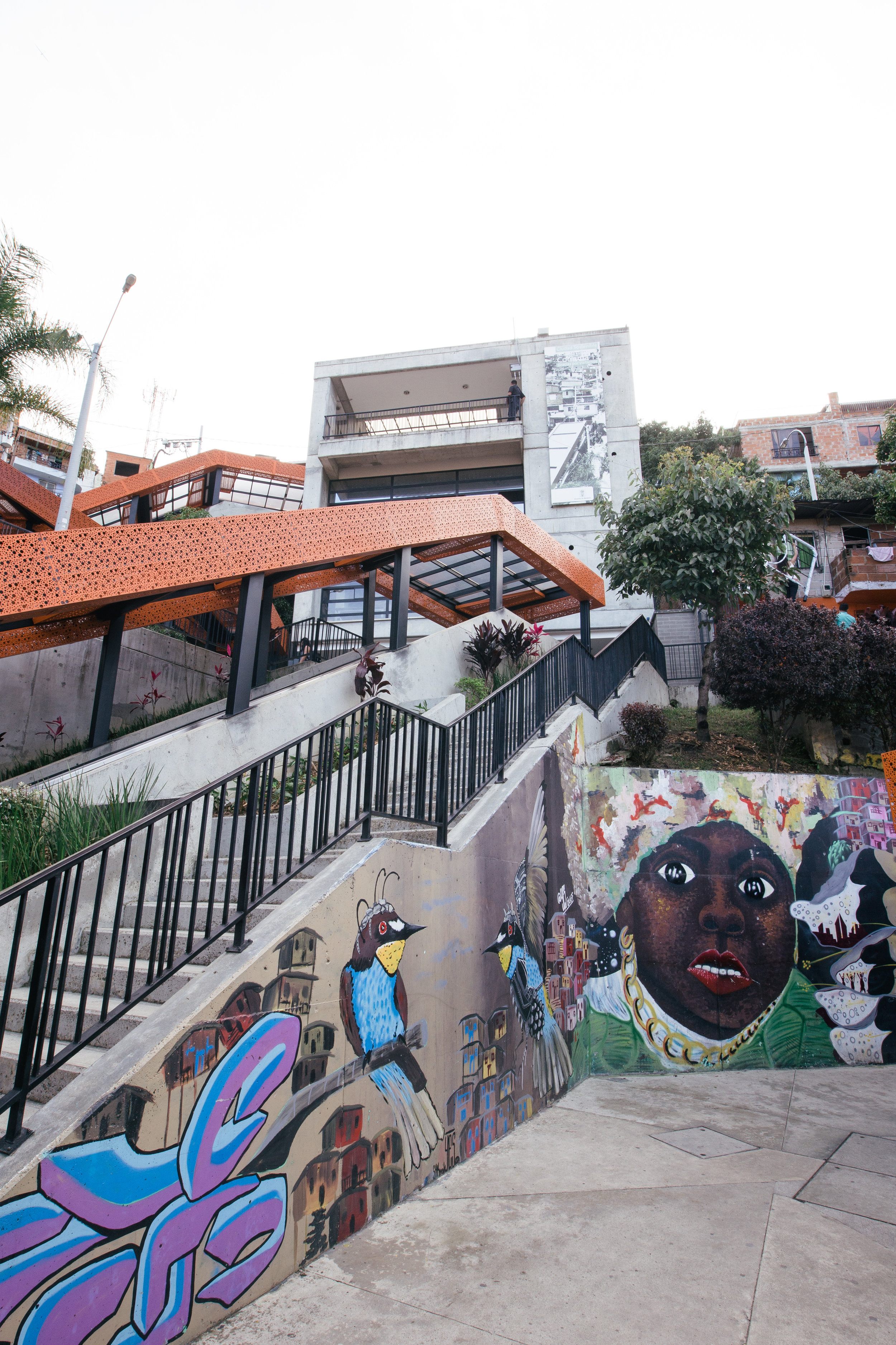 Six escalators scaling 384 meters run the hills in Comuna 13, a once dangerous and inaccessible area run primarily by drug traffickers and guerillas. It's an innovative urban project that has helped open the neighbourhood to new people and fresh ideas, and allowed tourism and enterprise to grow.