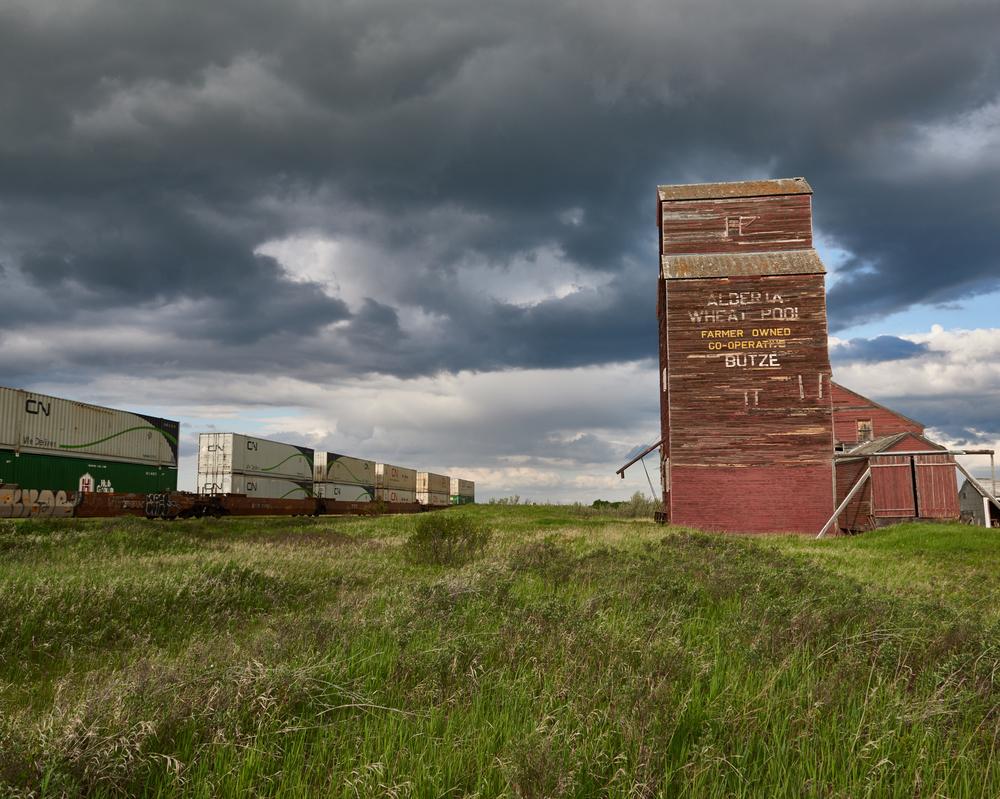 The Butze grain elevator, located just outside Chauvin, Alberta. This is literally on the Saskatchewan border on Hwy 17 south of Lloydminster.