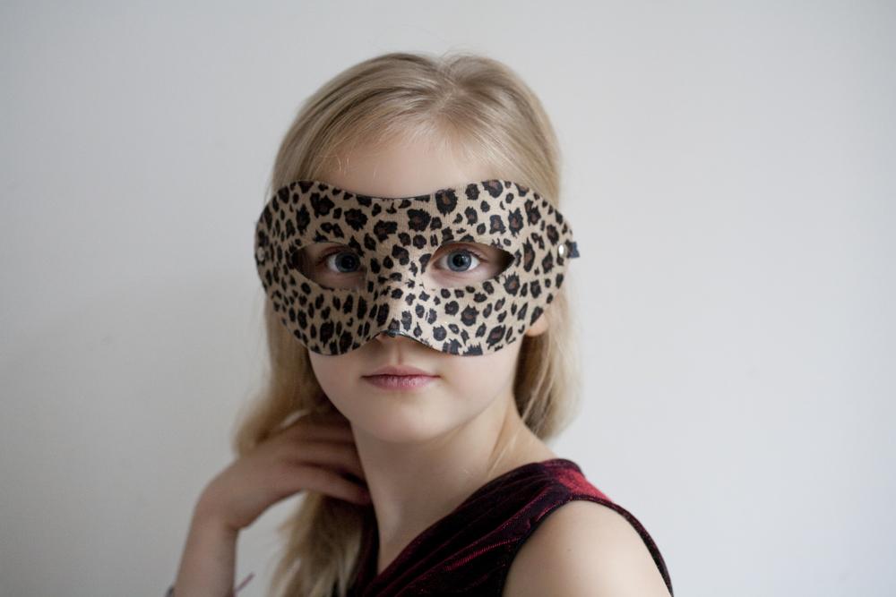 Daisy Mask Brighter.jpg