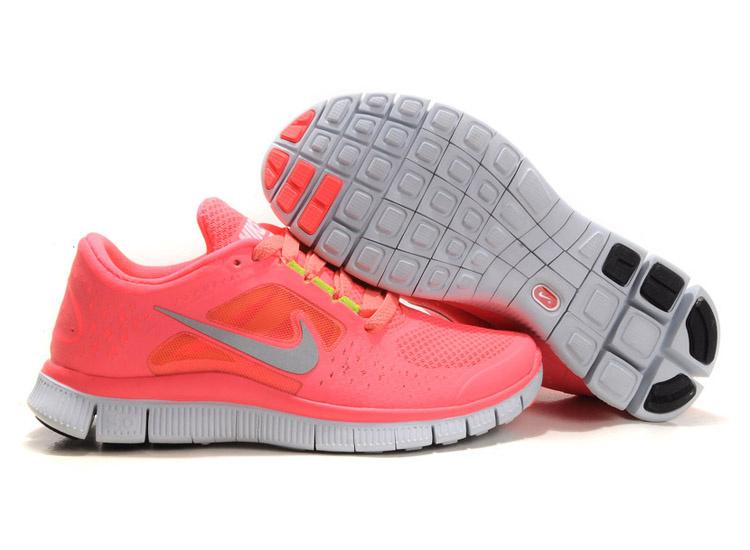 Women_Nike_Free_Run_3_Coral.jpg