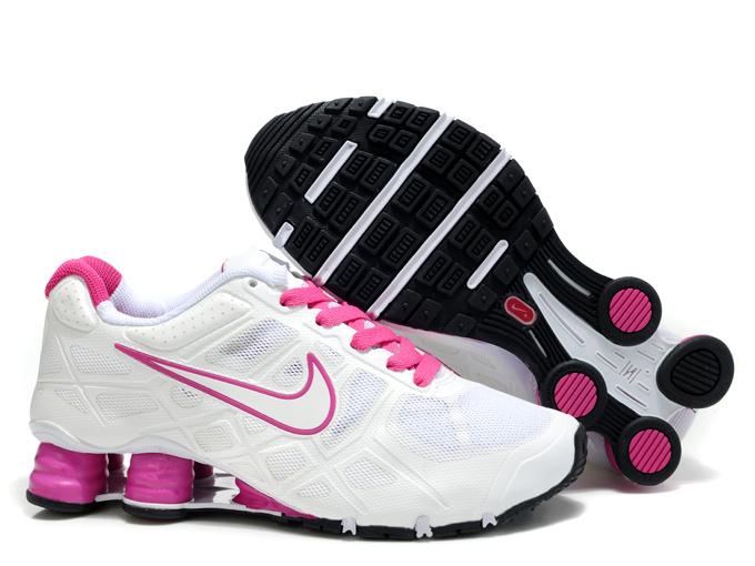Nike Shox women.jpg