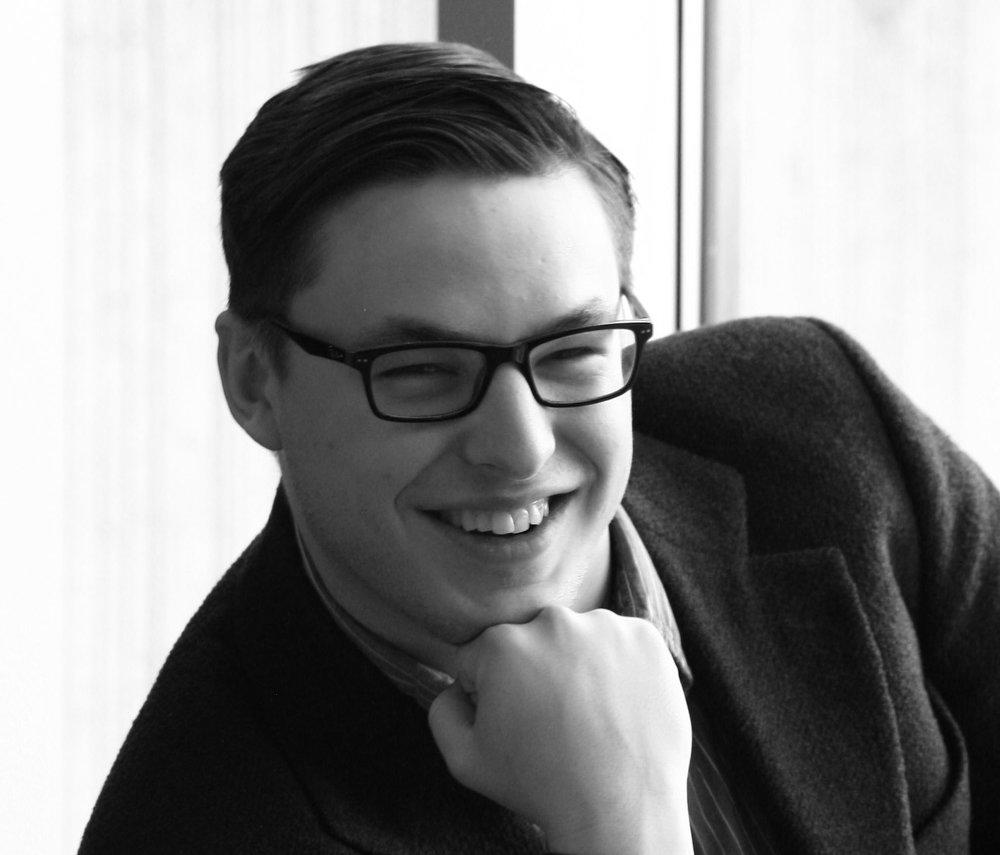 Kai Villneff - Assistant Set + Lighting Designer