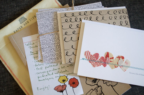 ellie of  hello tenfold /mint very kindly mentioned  {paper & type}  on her  blog  this morning.   !!!