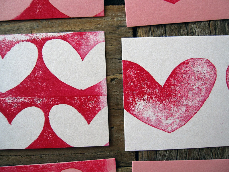 studio of hearts. … these sweet, handmade-with-love business cards belong to my dear friend melissa mcmeekin. i enjoy (quite a bit) seeing cards that are perfectly befitting of their owner. melissa carved these hearts & designed the rubber info stamp for this array of patterned cards that represent her & her venture. i've been learning bit by bit about studio of hearts via handwritten letters (mostly), & it was so nice to see when she revealed these at last. cards, though pretty diminutive, hold such an incredible amount of punch in making an endeavor all the more real, wouldn't you agree?  mm, i'm still waiting for you to mail me one, please! (all photos belong to studio of hearts).