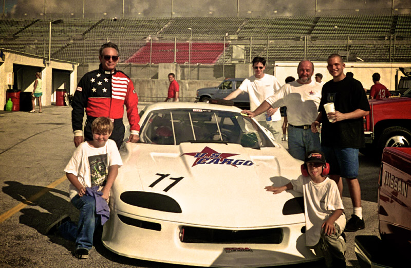 1998-08-DaytonaSCCA-Crew_Aperture_preview.jpg