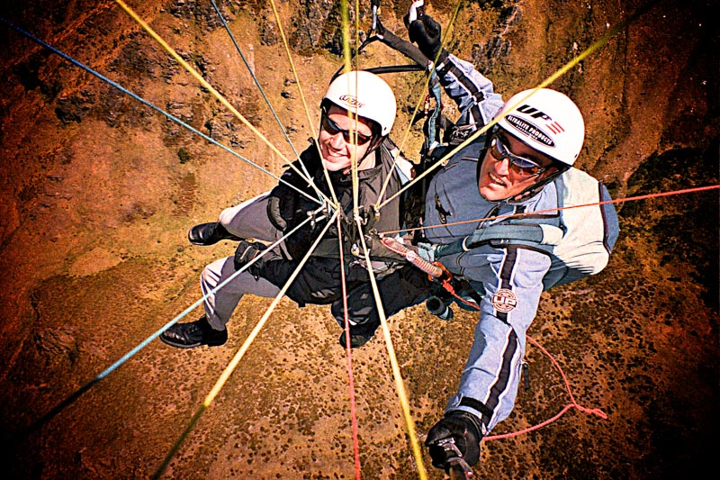 2003-11-LOTR-New Zealand-Paragliding03_Aperture_preview.jpg