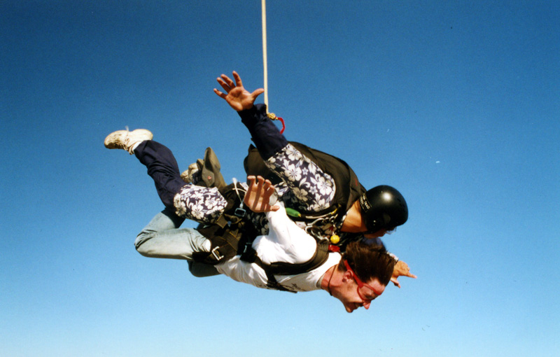 2001-07_Skydiving_11.jpg