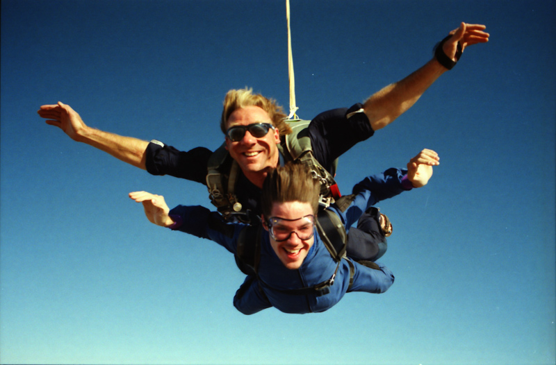 1999??-Skydiving_0032.jpg