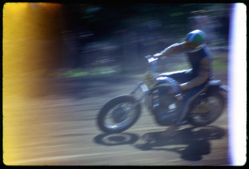 1971-09_MotoRace13_Aperture_preview.jpg