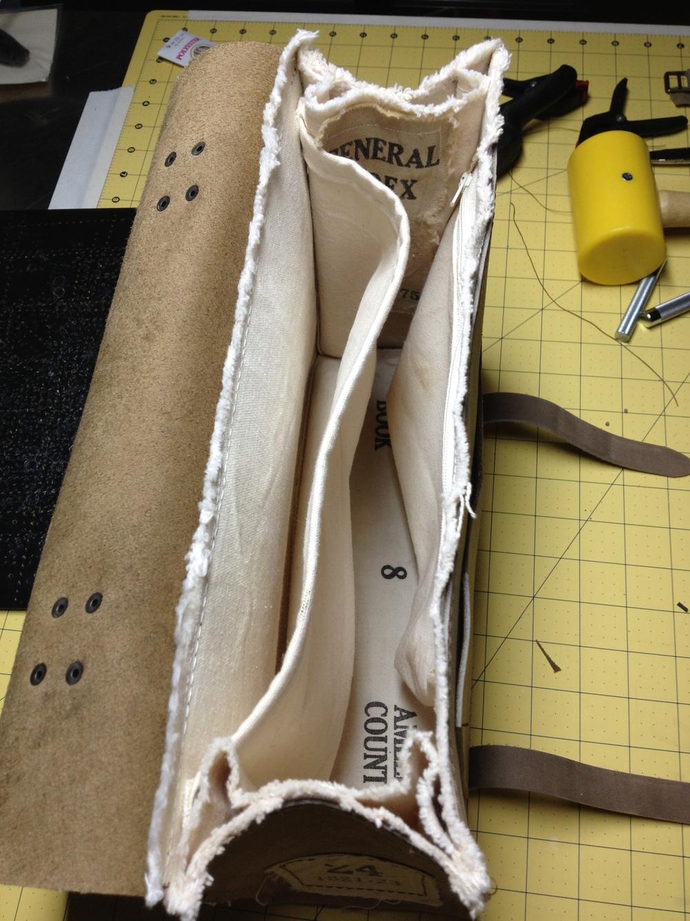 Vintage Briefcase/Messenger Bag-Interior