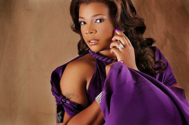 Syleena-Johnson-2012-2.jpg