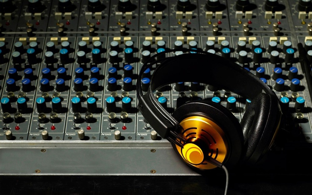 mixer-headphones-volume-music-sound-recording-studio-music-party-dj-console-dj.jpg