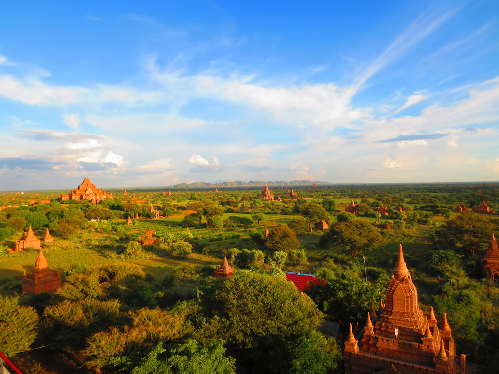 burma / myanmar - click to get stunned by 2000 temples at sunset