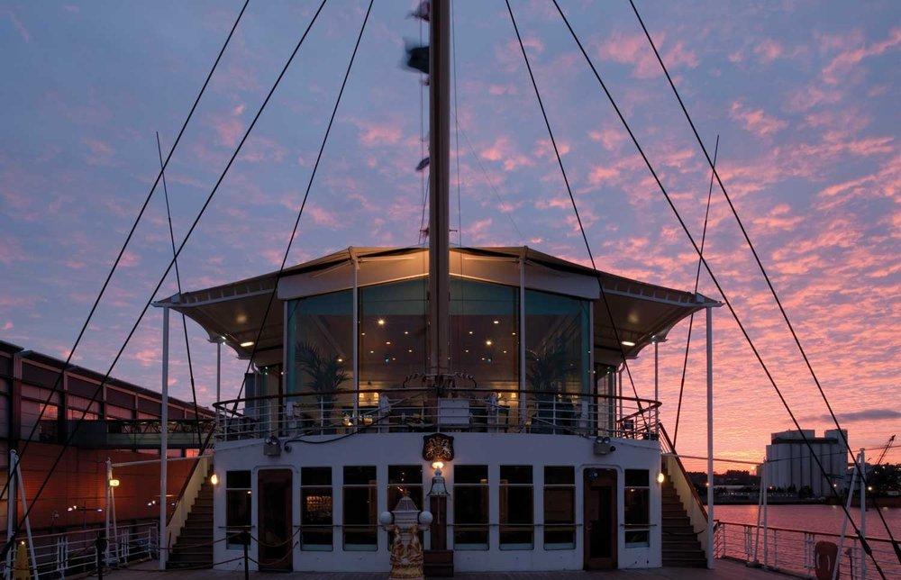 Royal Yacht Britannia 2.jpg